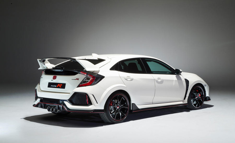 [تصویر:  honda-civic-type-r-web-exclsuive-0025.jpg]